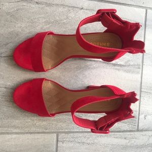 BAMBOO Shoes - Red heels 👠